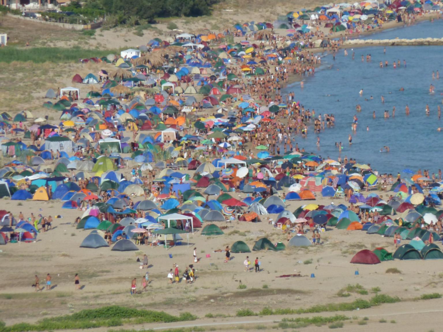 Immagine articolo: Menfi, il Comune alla ricerca di aziende che ripuliscano la spiaggia di Porto Palo l'indomani di Ferragosto