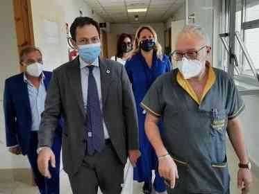 Immagine articolo: Covid, Razza all'ospedale di Ribera: «Abbiamo salvato e rilanciato struttura»