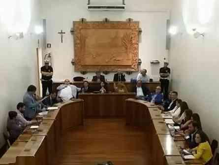 Immagine articolo: Menfi, rinviato consiglio comunale a domani, con lo stesso ordine del giorno