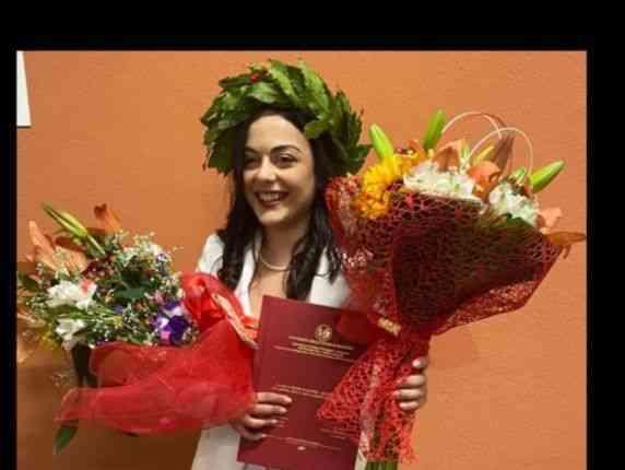 Immagine articolo: Poggioreale, laurea con massimo dei voti e lode per la giovane studentessa Lorenza Pace