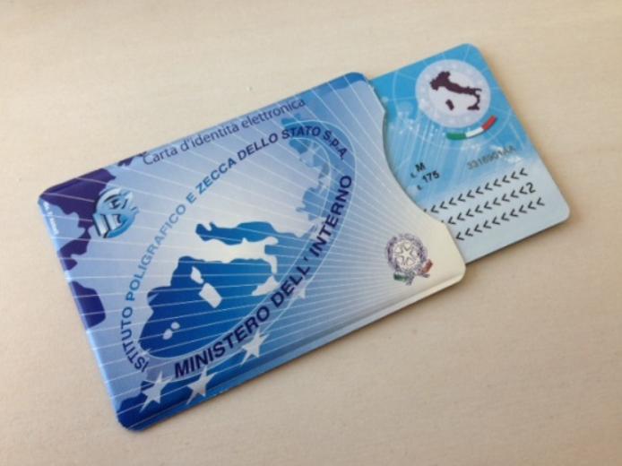 Immagine articolo: Carta di identità e patente, prorogate le scadenze