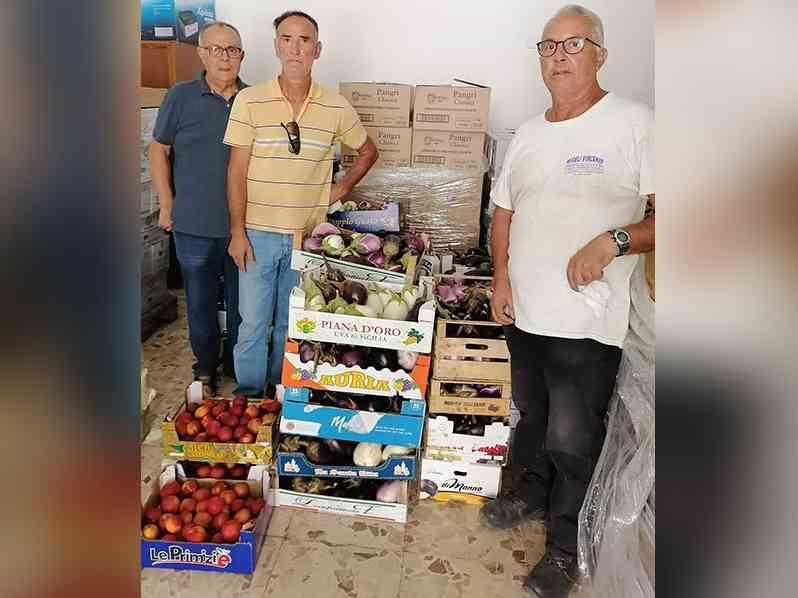 Immagine articolo: Menfi, donazione di prodotti ortofrutticoli dall'Azienda sperimentale Campo Carboj alla Caritas