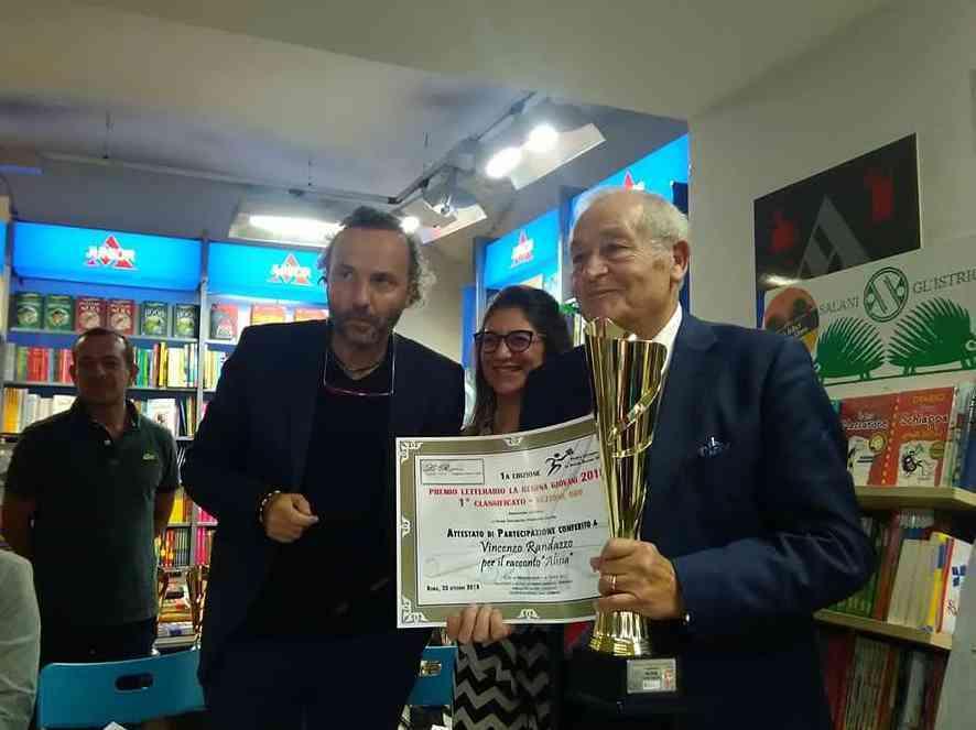 """Immagine articolo: Lo scrittore sambucese trionfa a Roma e vince il """"Premio Regina 2018"""" grazie al  suo racconto """"Alisia"""""""
