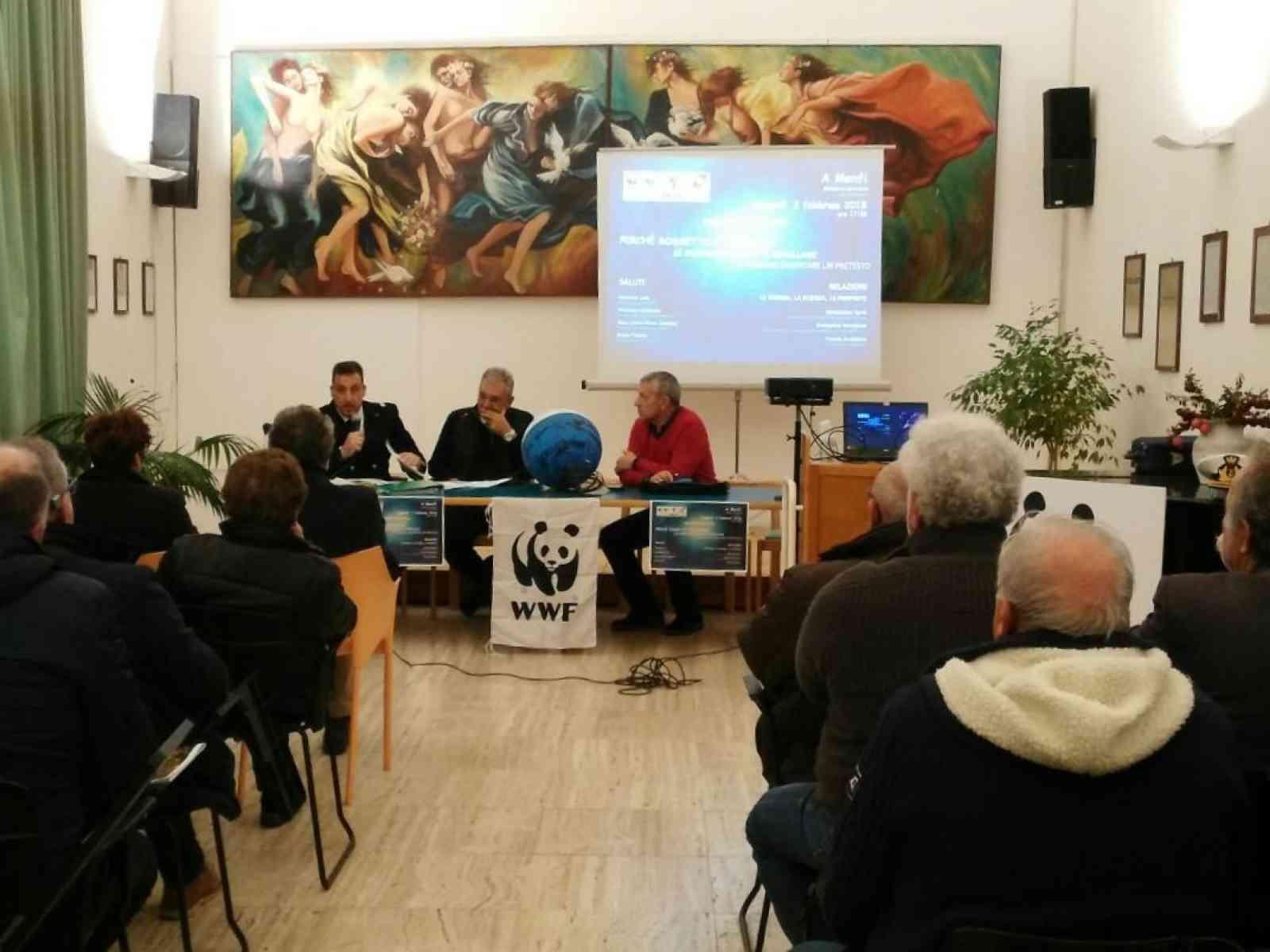 Menfi. Numerosi spunti dall'incontro del WWF contro l'illegalità della pesca del novellame