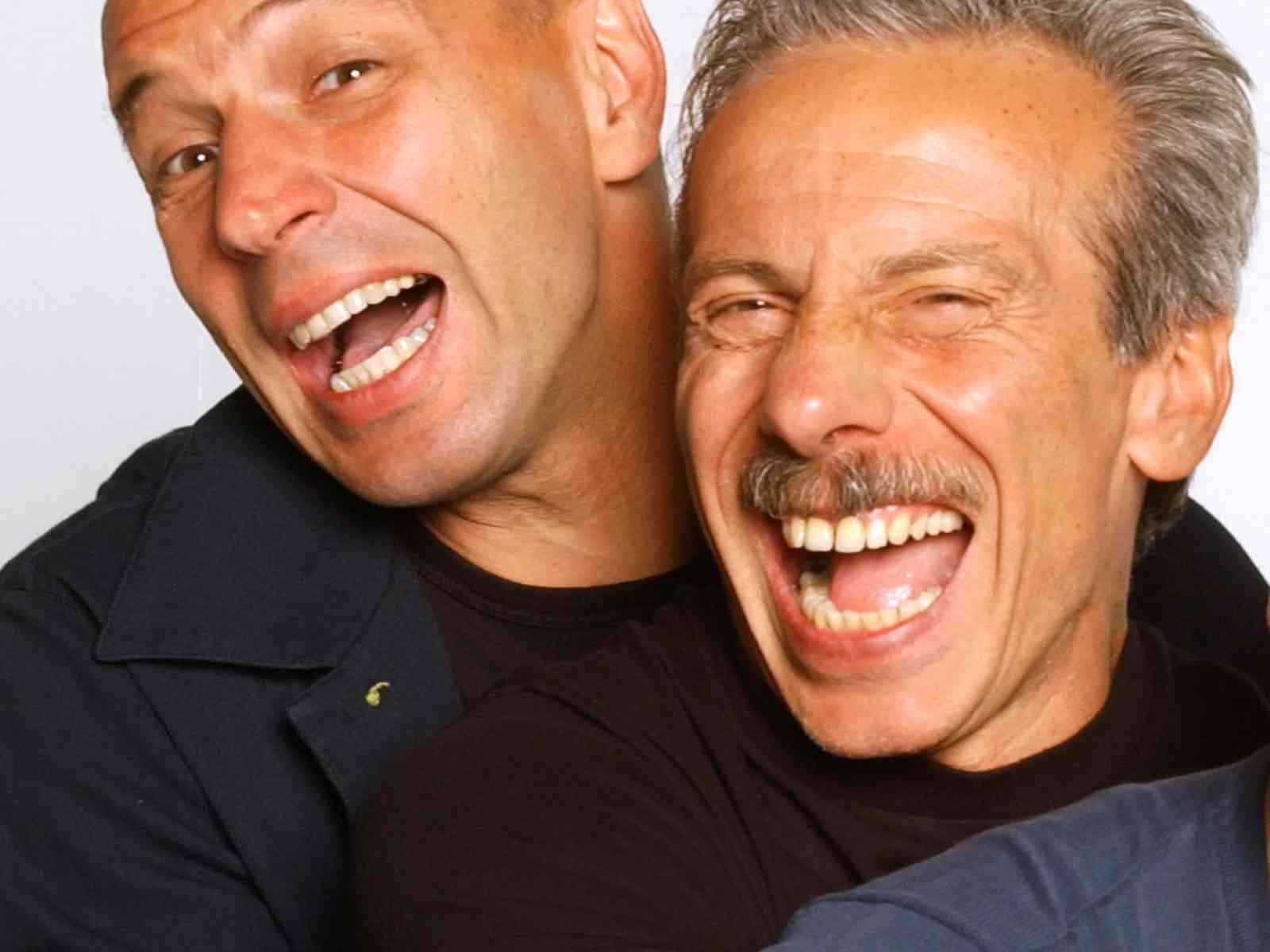 A Menfi Aldo, Giovanni ed Enrico Bertolino vendemmiano per beneficenza