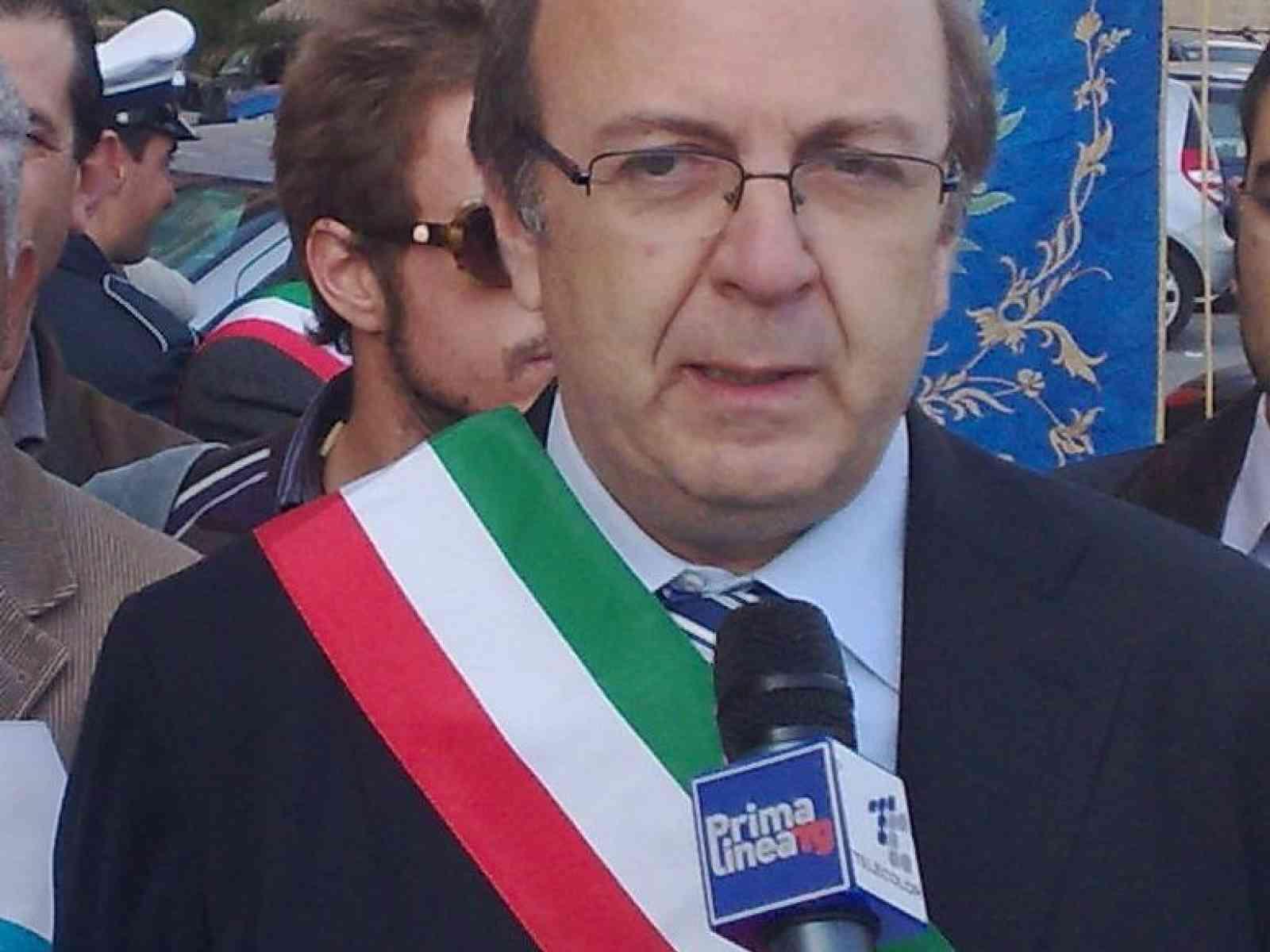 Proteste in Sicilia, grave l'assenza dei parlamentari all'assemblea di Sciacca