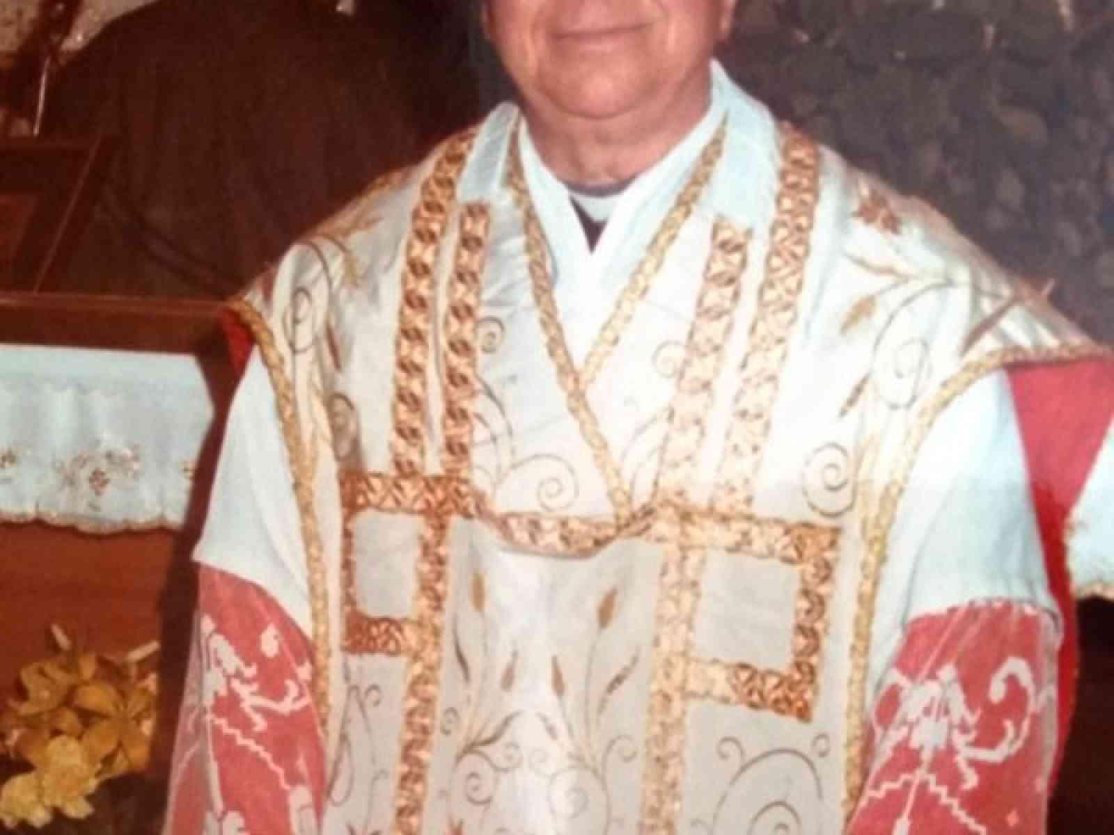 A 98 anni è morto Monsignor Calogero Scicolone. Fu arciprete a Menfi negli anni del terremoto