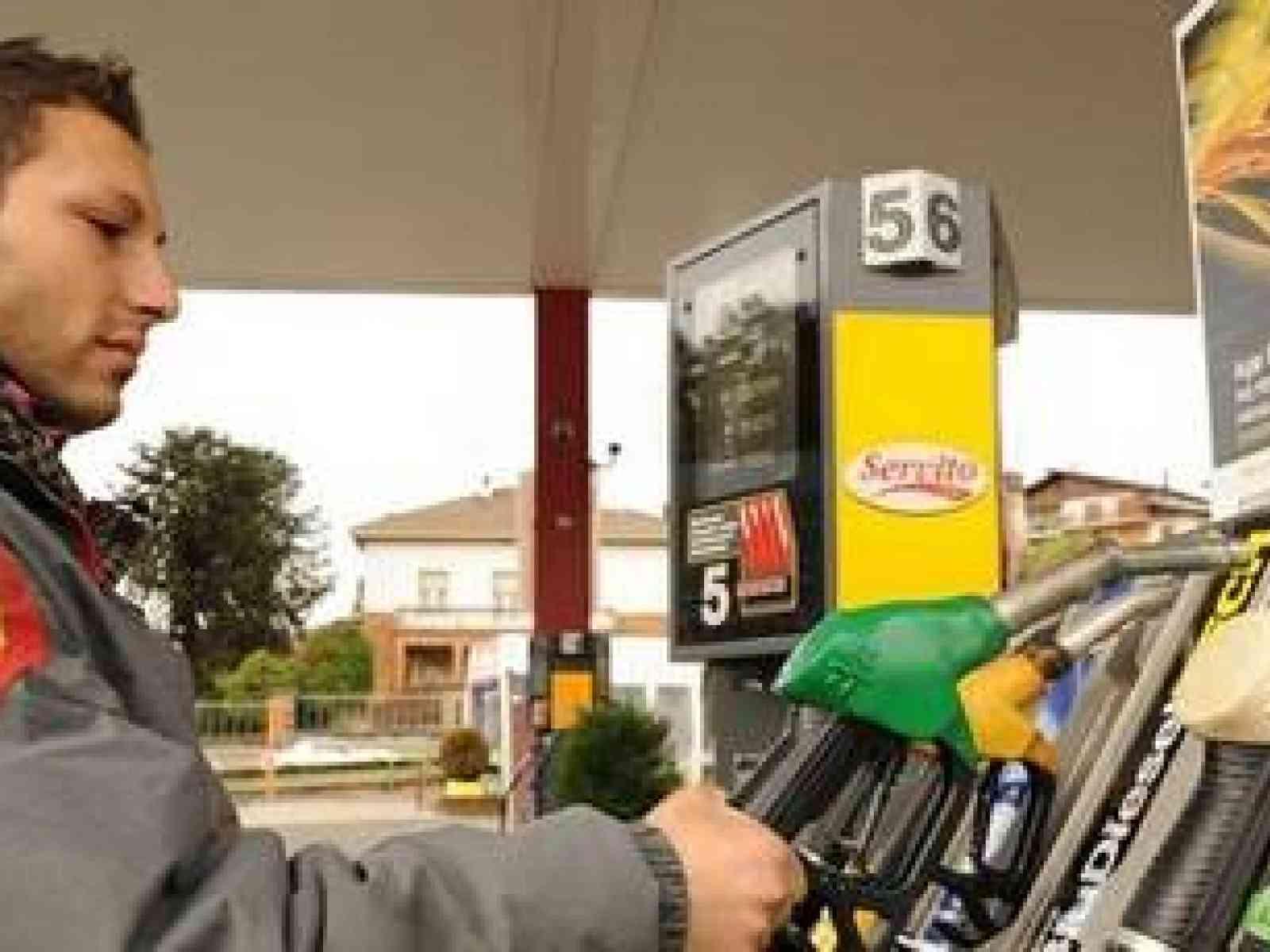Finita , o quasi, l'emergenza carburante