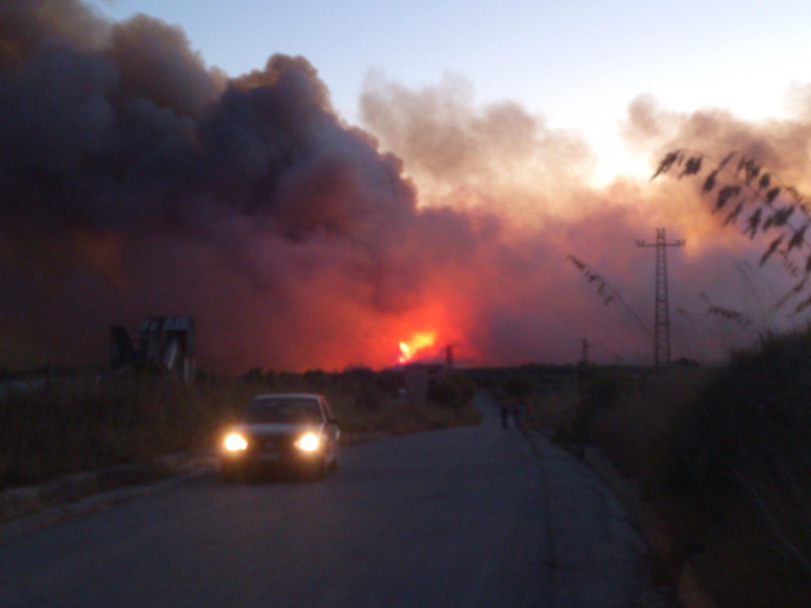 Il Magaggiaro brucia, di nuovo. A fuoco diversi ettari. Evacuate le terme