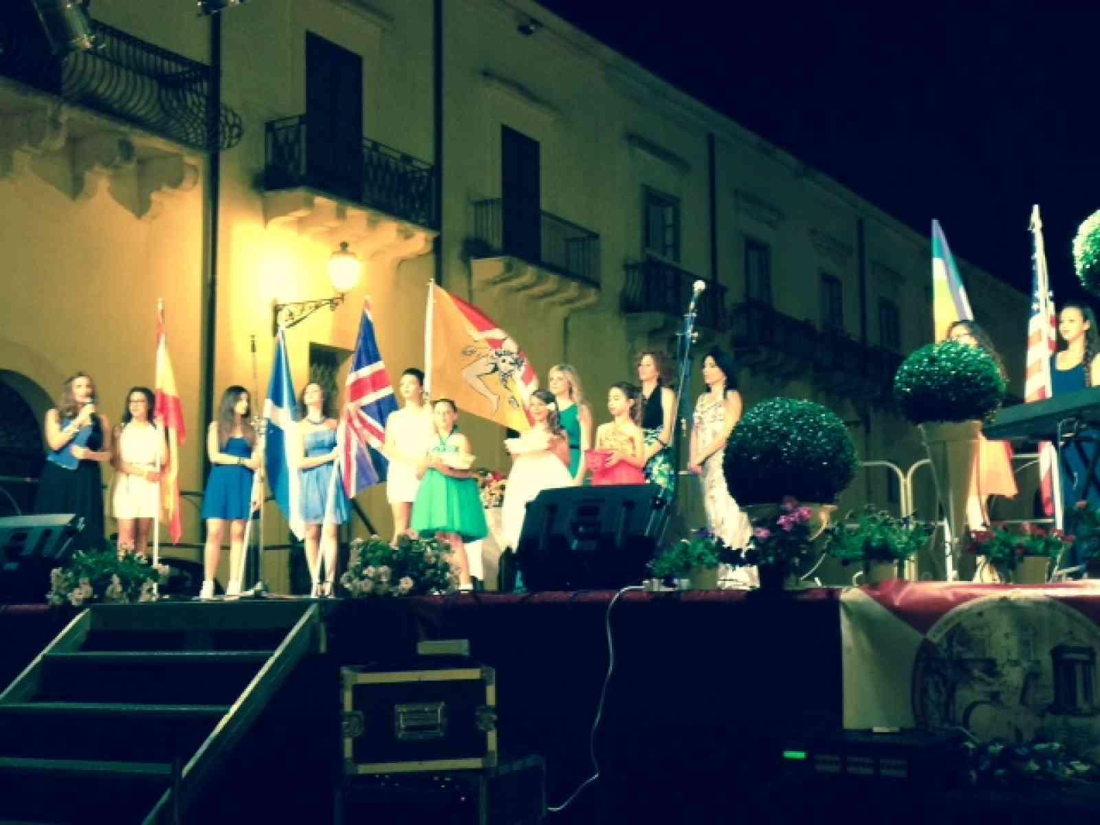 Santa Margherita. Consegnati i premi Stelle del Gattopardo 2015