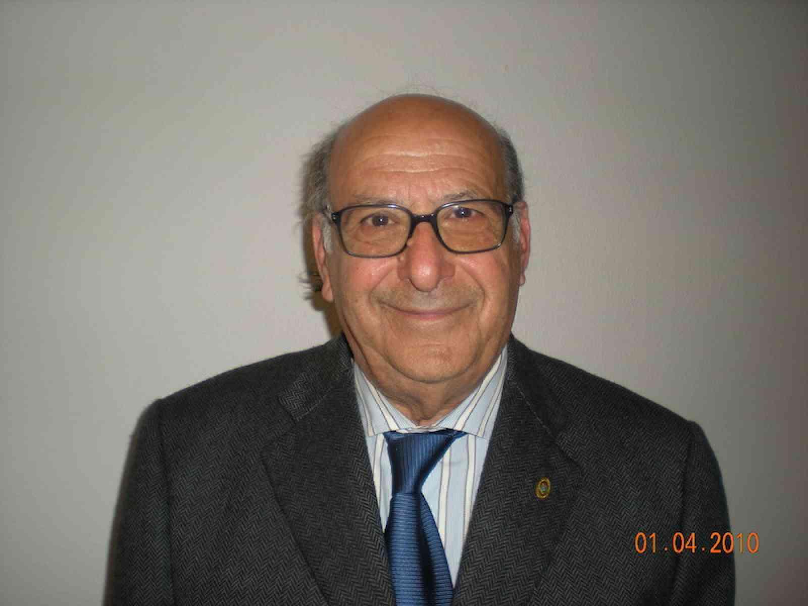 """Poggioreale. I poeti-scrittori Calogero Cangelosi e Gaetano Zummo premiati con """"La Nike d'Oro"""""""