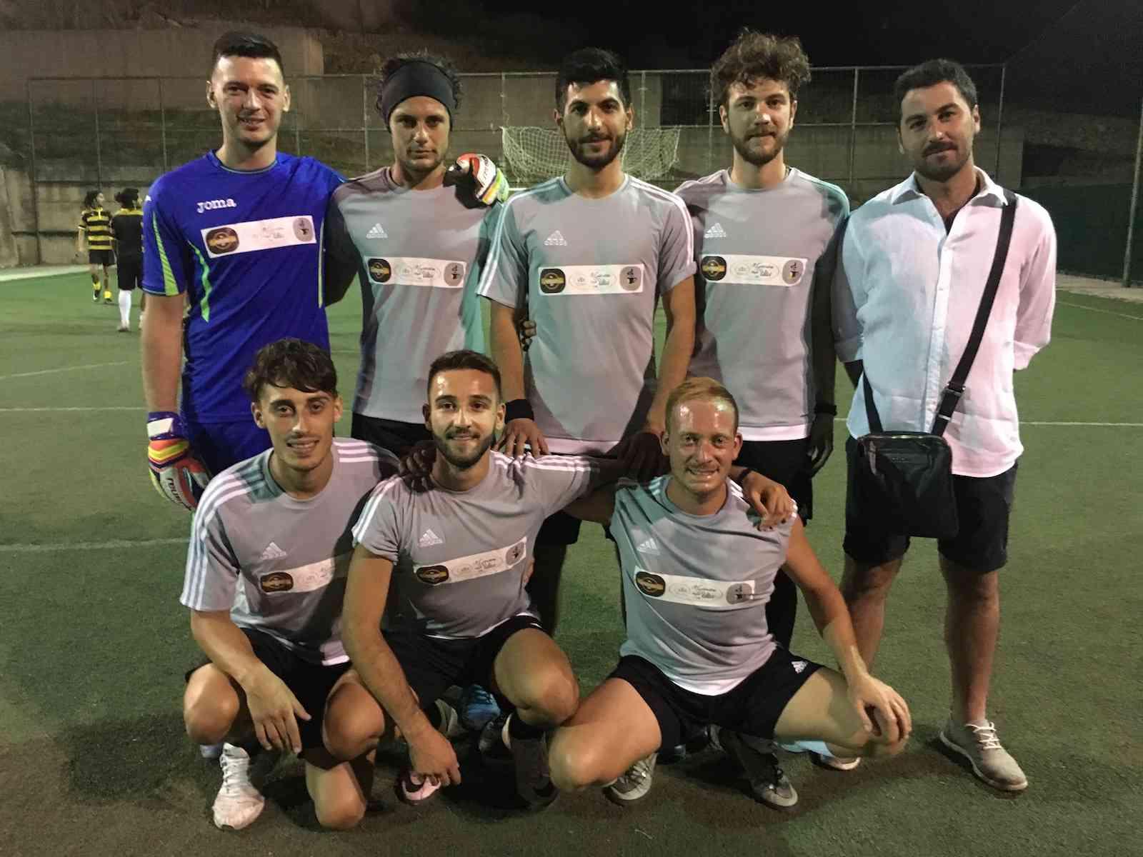 Barcellizzeria Graffelivi vince il torneo estivo di calcetto Città di Salaparuta