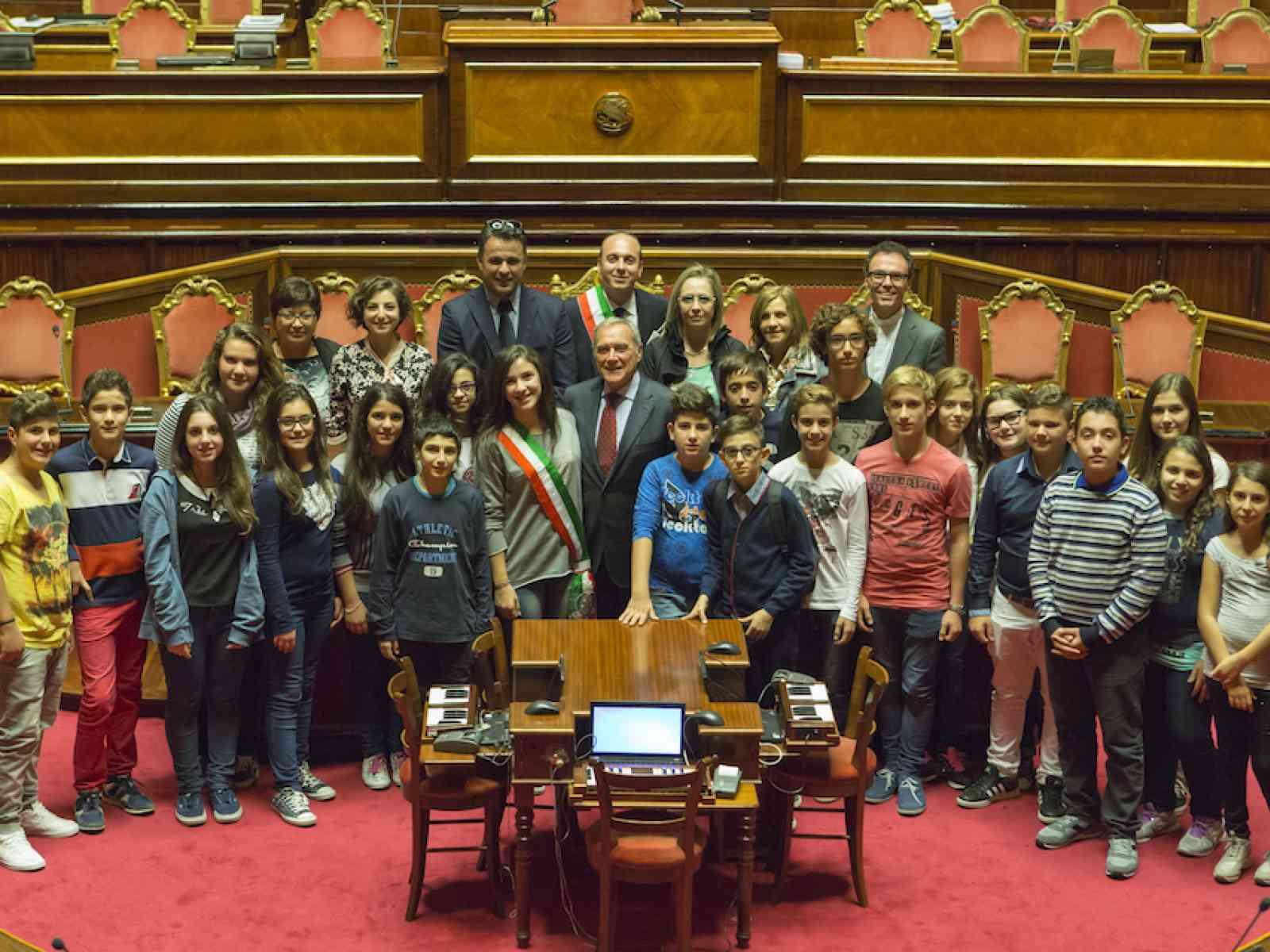 """Il baby consiglio di Poggioreale incontra il Presidente Grasso al Senato: """"Emozionante"""""""