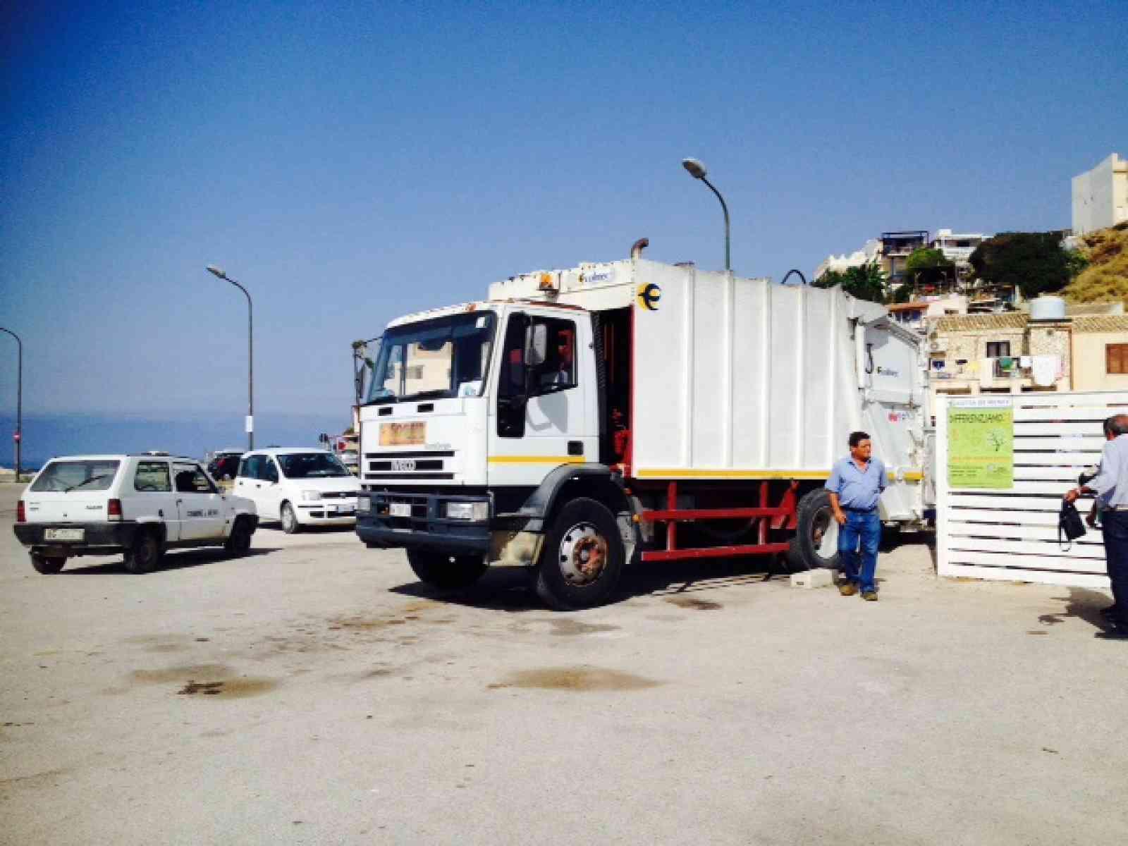 Menfi. Chiude la discarica di Sciacca, i rifiuti vanno a Siculiana. Il Comune chiede maggiore senso civico alla cittadinanza