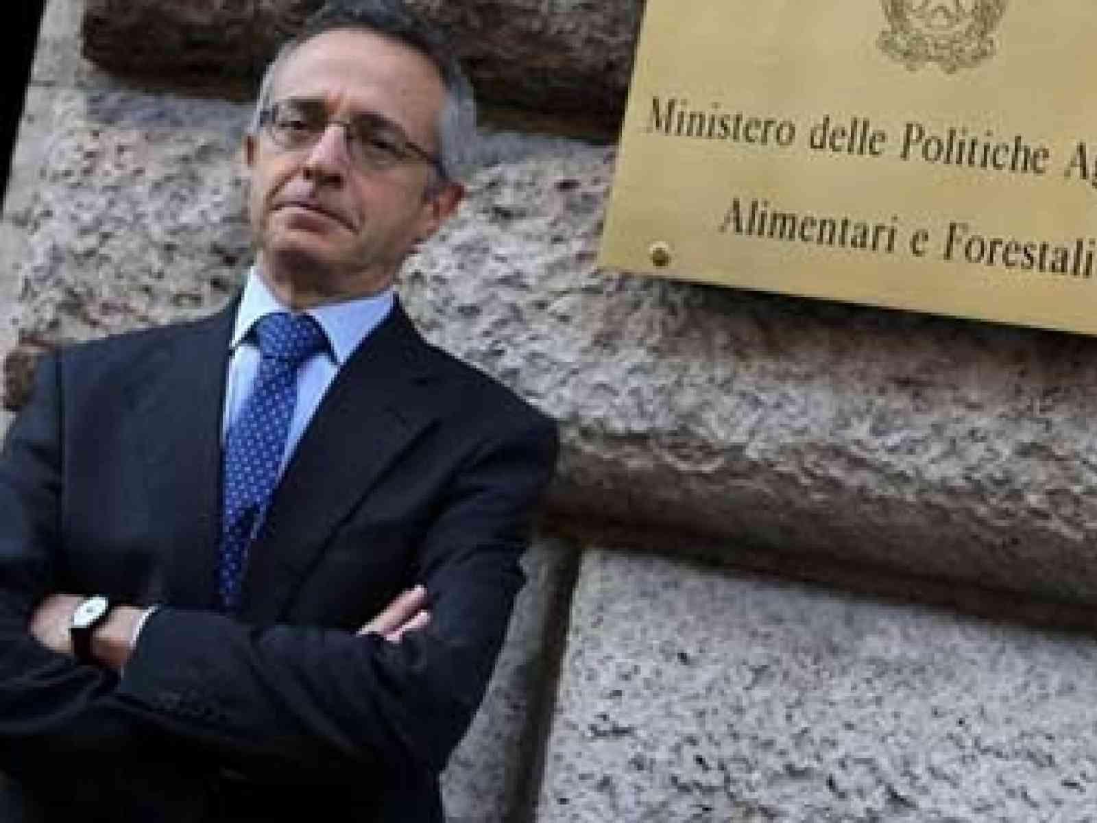 Liberalizzazioni: Ministro Catania, in Decreto legge interventi per rilancio agricoltura