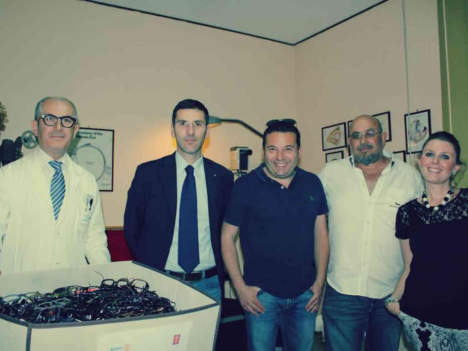 600 occhiali donati dal dott. Tarantino: Lions e Rotary club ancora insieme per la solidarietà