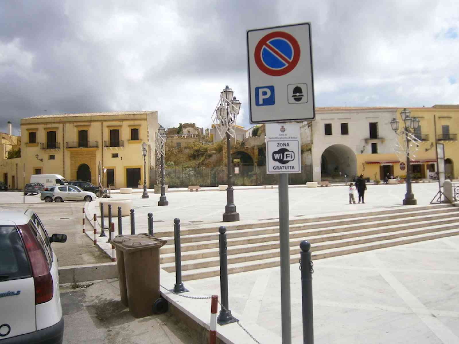 S. Margherita di Belice, nel degrado le case popolari. Il M5S chiede l'intervento e l'Iacp di Agrigento risponde prontamente