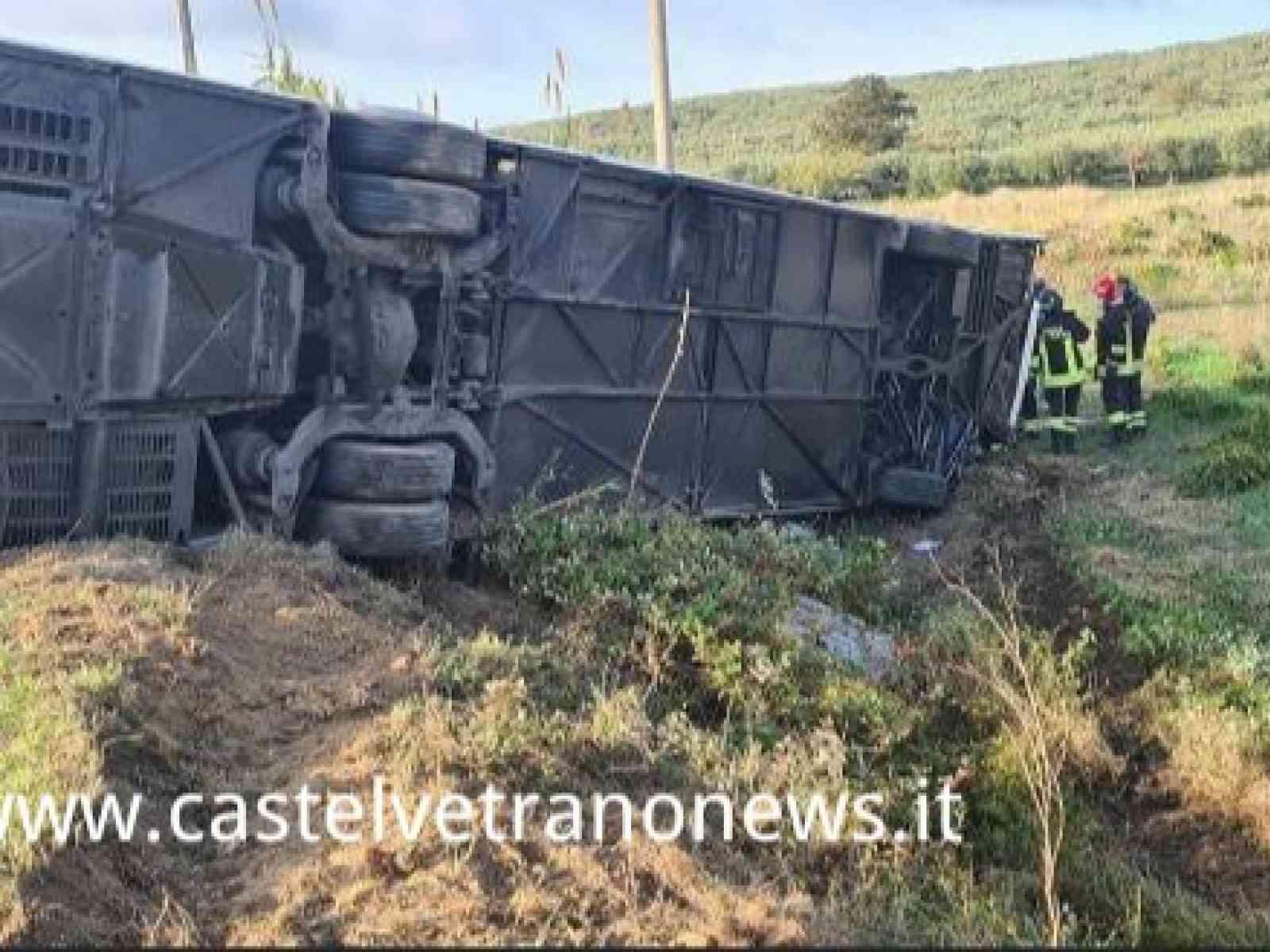 Immagine articolo: Gravissimo incidente mortale tra Santa Ninfa e CVetrano. Ci sono anche feriti in Ospedale