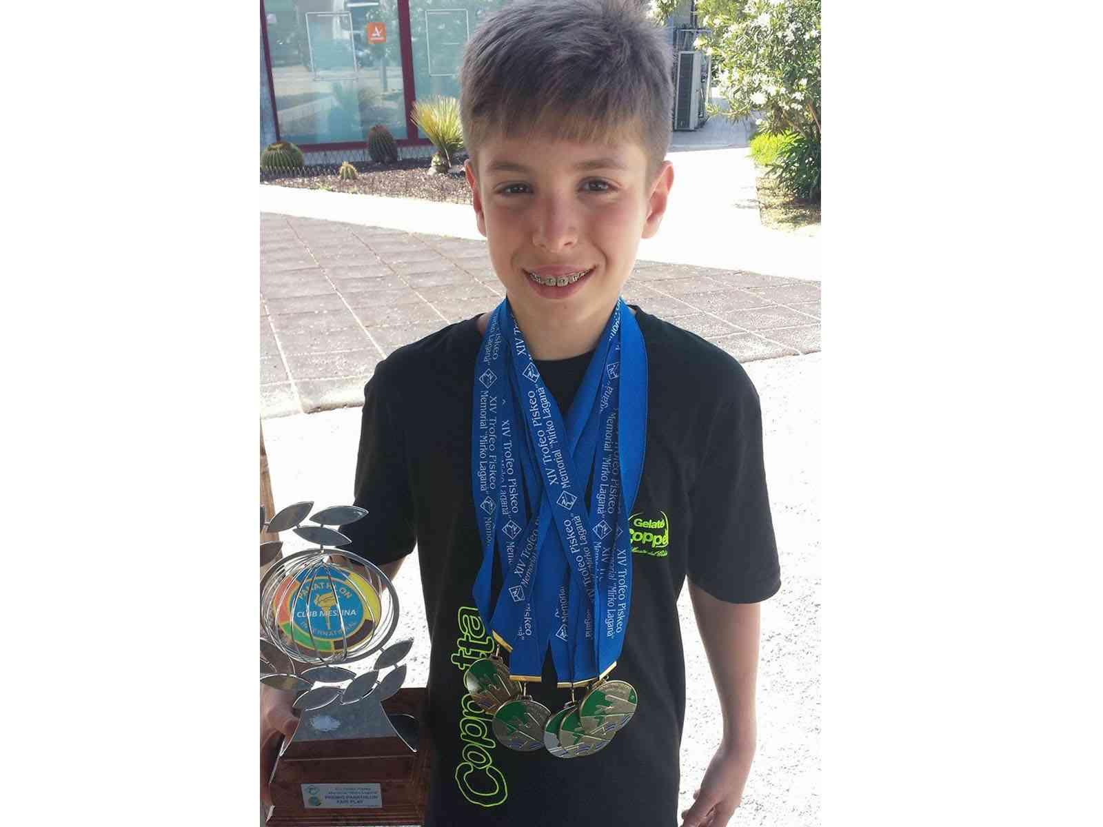 Immagine articolo: Nuovo Record Regionale di Nuoto FIN nei 50 dorso per il piccolo Daniele Giardina