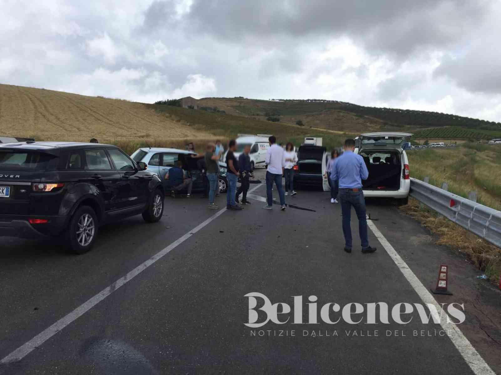Immagine articolo: Incidente sulla Fondovalle, Palermo - Sciacca. Tra i 5 feriti anche il sindaco di Ribera