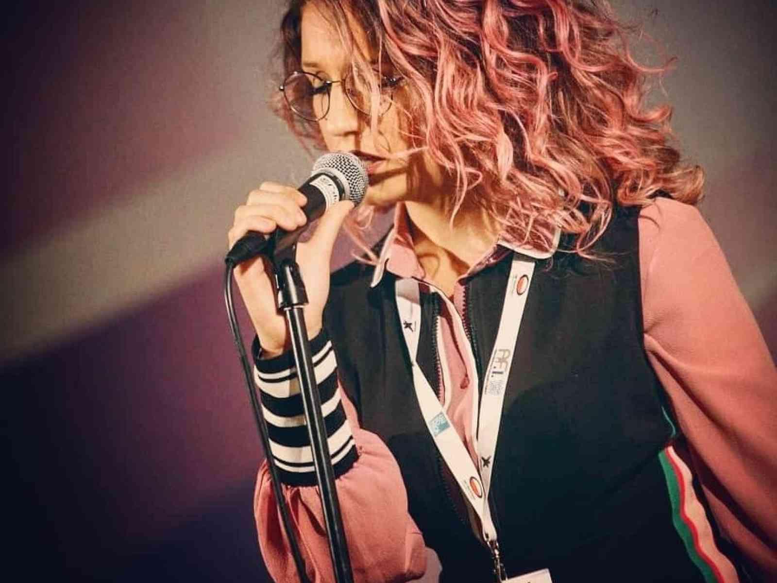 Immagine articolo: Da Menfi a Sanremo con il sogno della musica. Secondo posto ad Area Sanremo per Alessia Cusumano