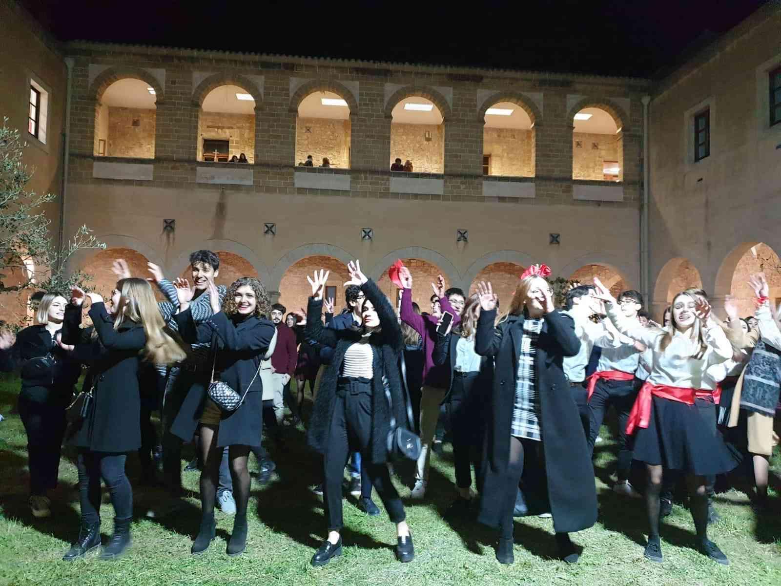 """Immagine articolo: Successo al """"Pantaleo"""" per la """"Notte nazionale del Liceo Classico"""". Eventi, musica e non solo"""