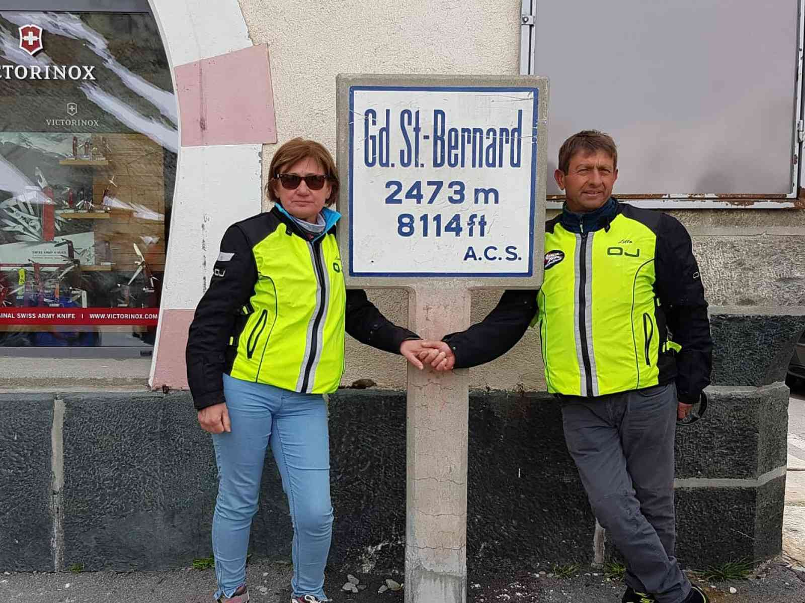Immagine articolo: Giro d'Italia in moto per il menfitano Lillo Di Carlo insieme alla moglie. Quando le due ruote sono passione e condivisione
