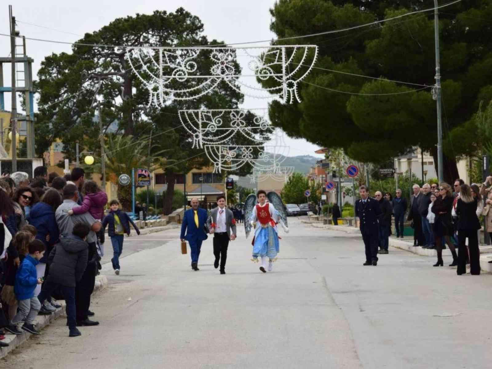 Immagine articolo: Salaparuta, nel ricordo della tradizione della Pasqua. Tradizione e fede immutata nel tempo