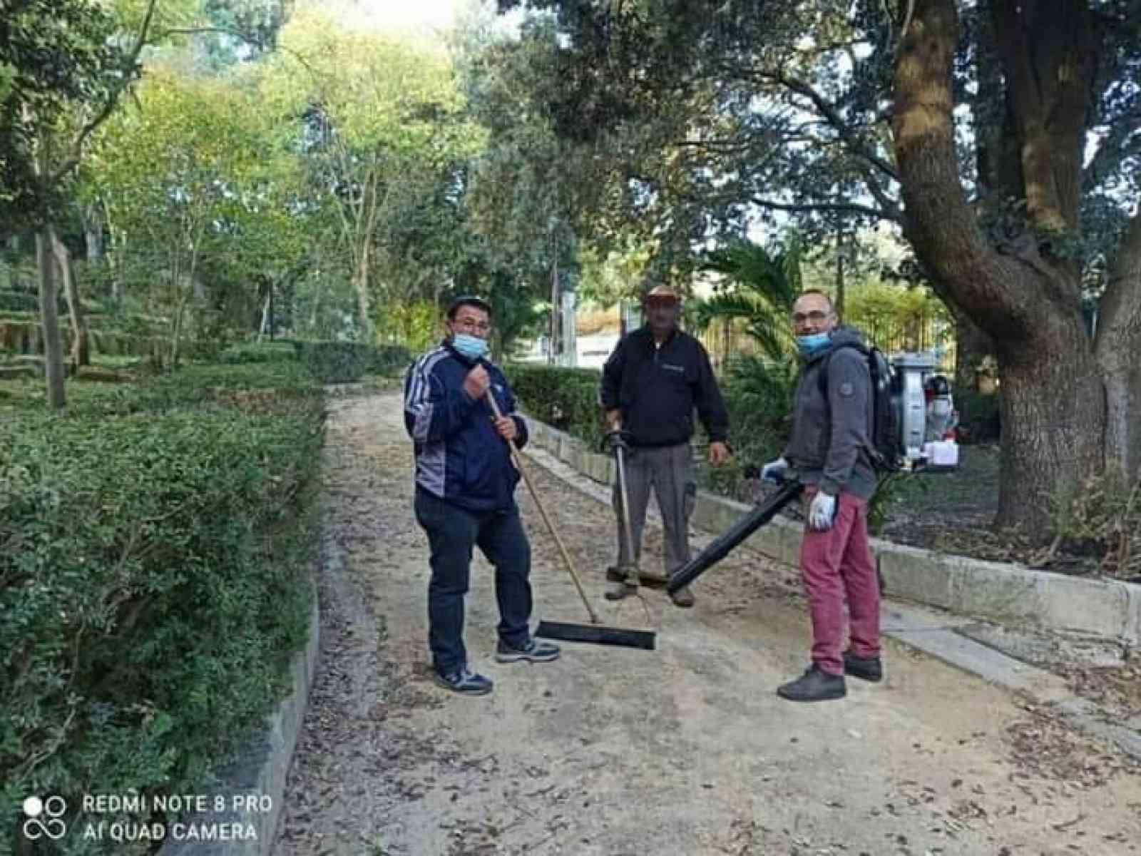 """Immagine articolo: S.Margherita, in azione alla villa i volontari dell'Associazione """"Quarantena 2020"""". #"""