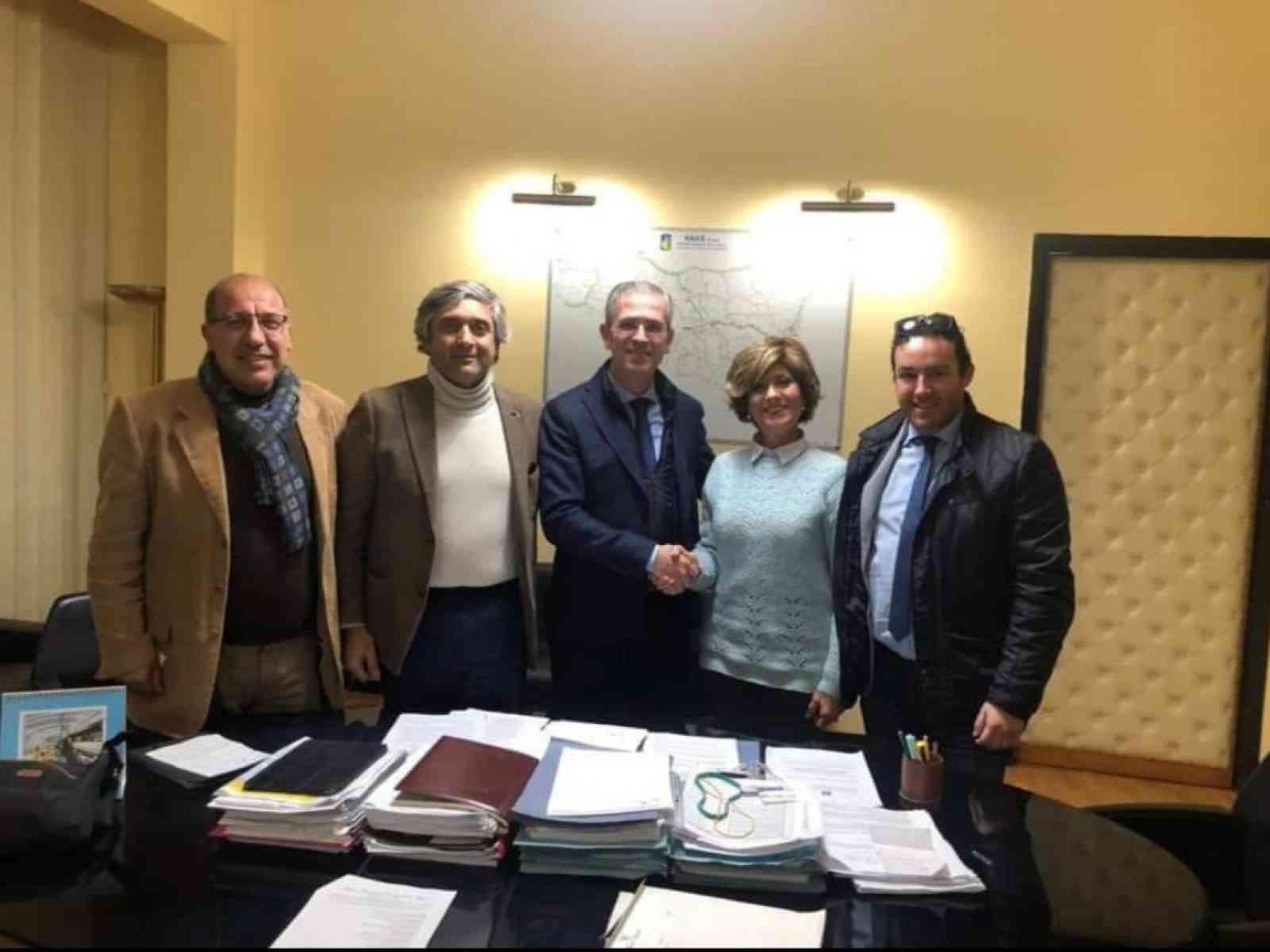 Immagine articolo: Salaparuta, Amministratori comunali incontrano Assessore regionale e Presidente ARS