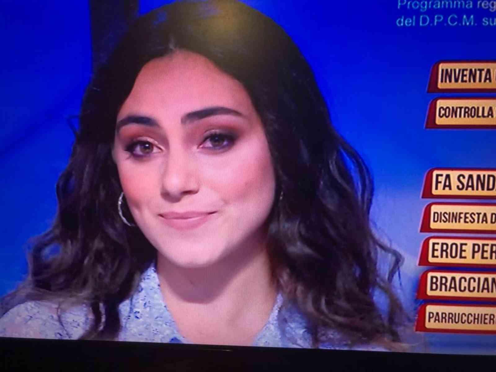 """Immagine articolo: La giovane menfitana Mariella Alagna questa sera su Rai Uno nella trasmissione """"Soliti Ignoti"""""""