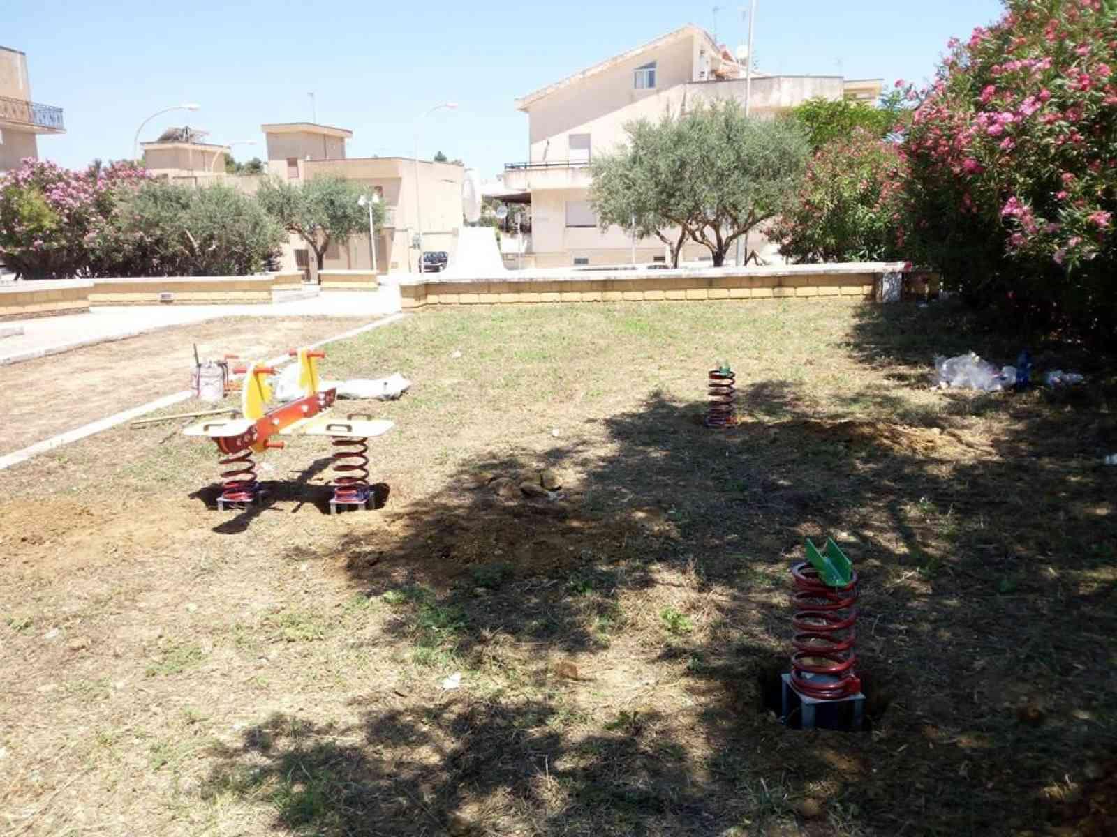 Immagine articolo: A Santa Margherita due nuovi parchi giochi. La soddisfazione del vicesindaco Giacomo Abruzzo