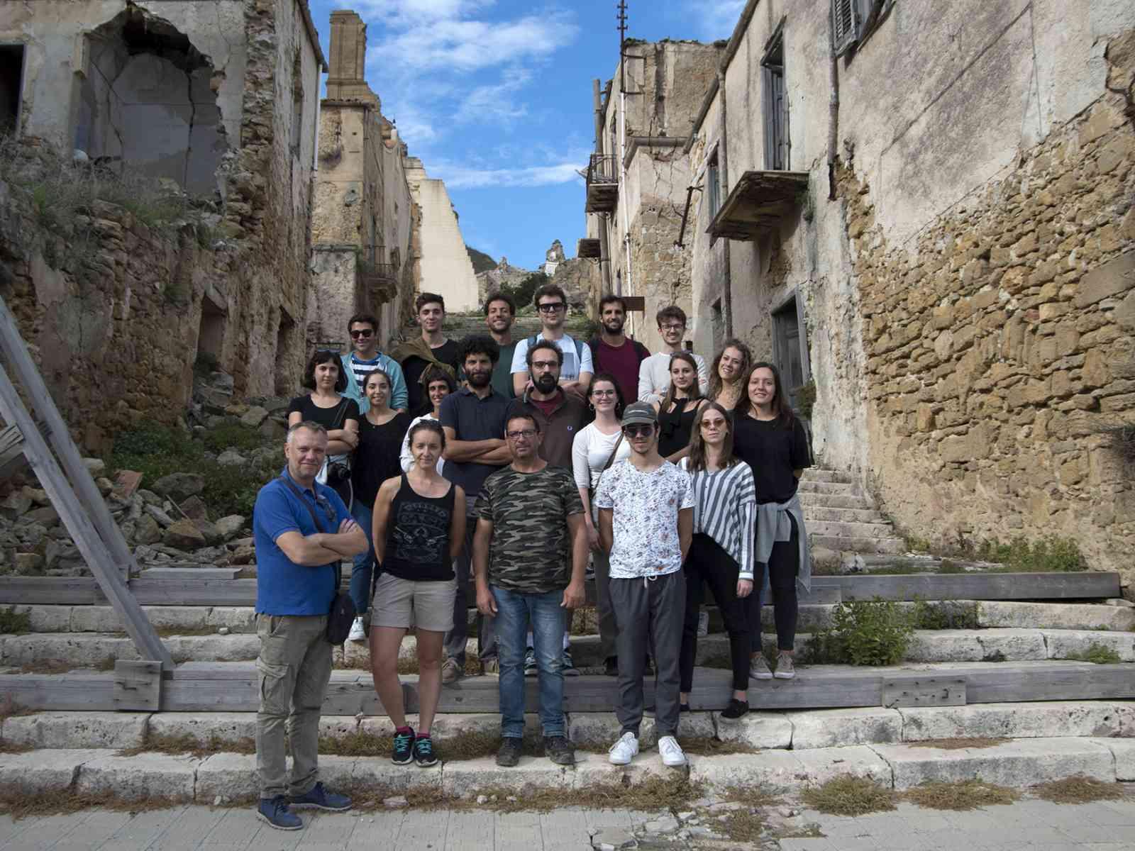 Immagine articolo: Studenti del Politecnico in visita ai Ruderi di Poggioreale e Salemi. Un viaggio alla scoperta della storia e delle bellezze belicine