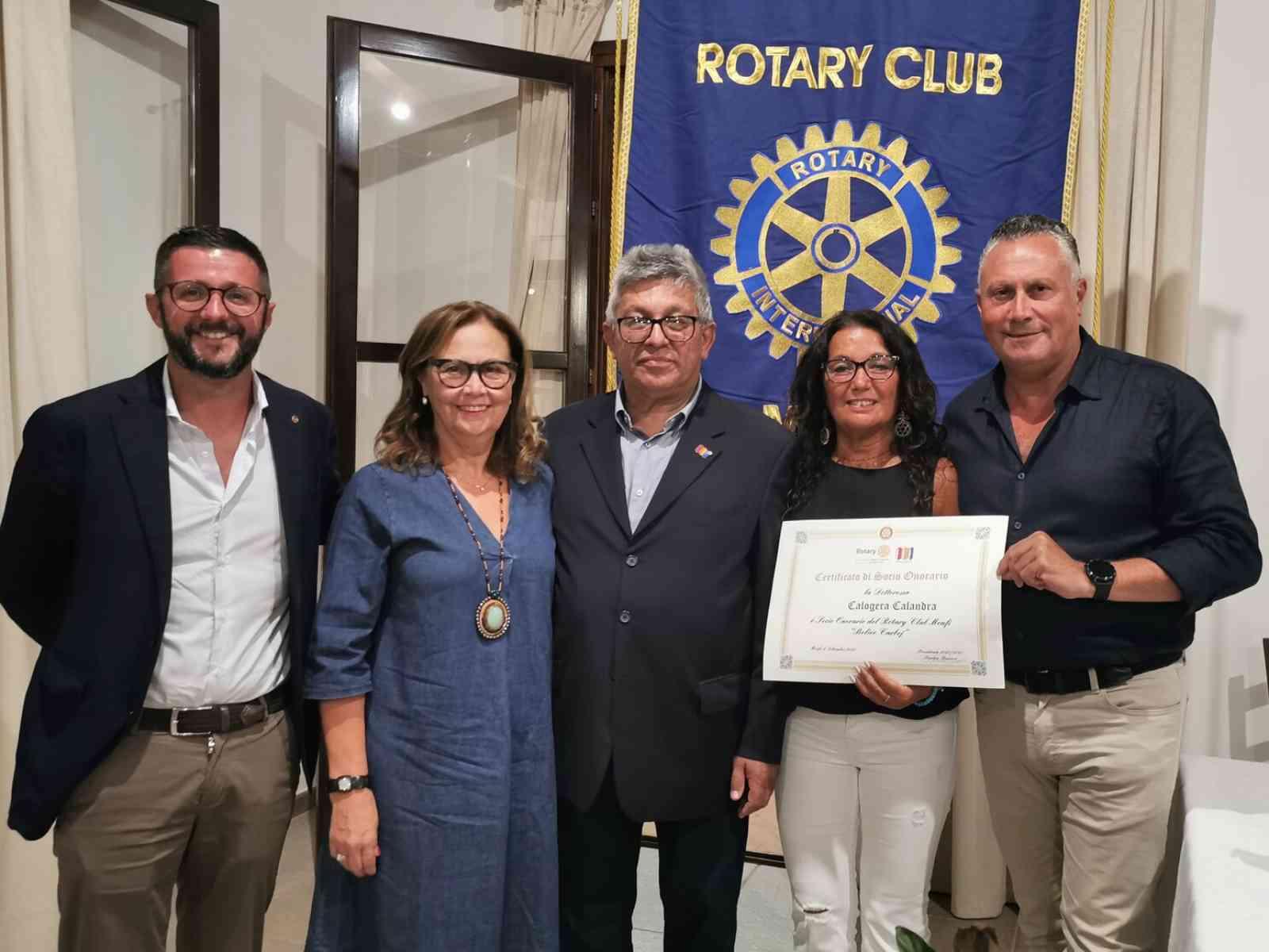 Immagine articolo: Rotary Club Menfi, ieri sera un Caminetto sul Covid-19